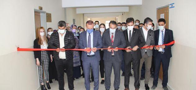 Ağrı'da Yavuz Selim Ortaokuluna Yeni Konferans Salonu
