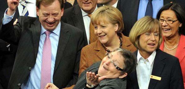 Almanya'da 'sünnet' artık yasal oldu