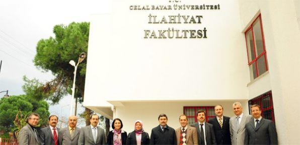 Celal Bayar Üniversitesi İlahiyat Fakültesi açıldı