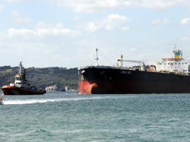 Dev tankerler Kanalistanbul'u bekliyor