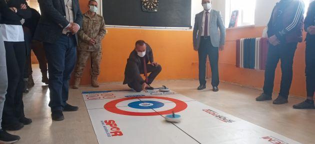 Diyadin'de Curling ,Taşlıçay'dan Dil Sokağı Öğretmenler Boş Durmuyor