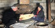 Mehmet Erat : Halk Ekmeği Analarımız